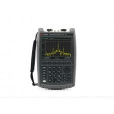 N9952A Портативный СВЧ-анализатор FieldFox, 50 ГГц